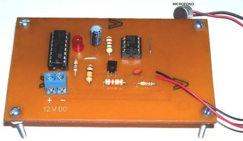 Tarjeta del Control activado por sonido disponible en nuestra sala de ventas; pulse para ver
